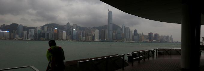 Leichtes Plus nach dem Kursrutsch: Blick auf die Skyline von Hongkong.