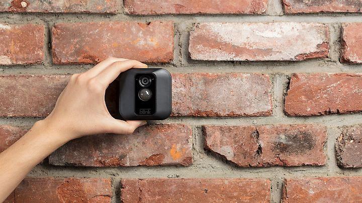 Klein, kabellos und ausgestattet mit einem hochauflösenden Sensor: Was hat Amazon mit der Blink-Technik vor?