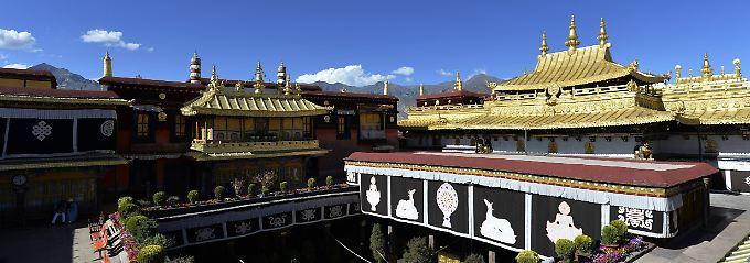 Ausmaß der Schäden unklar: Jokhang Tempel steht in Flammen
