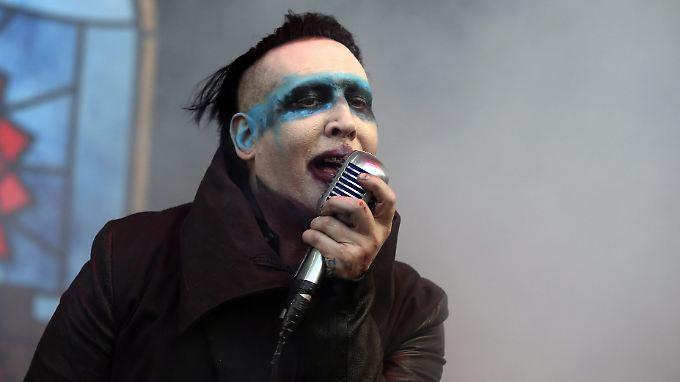 Fans sind mittlerweile sehr enttäuscht von Skandal-Sänger Marilyn Manson.