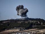 Türkische Truppen beschießen Ziele in der nordsyrischen Enklave Afrin.