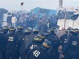 Gesetz verschärft Asylrecht: Macrons Migrationspolitik ruft Protest hervor