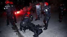 Der Sport-Tag: Schwere Krawalle in Bilbao, Polizist stirbt nach Infarkt