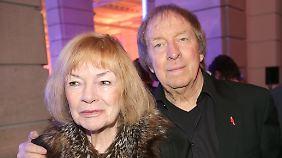 Ulrich Pleitgen hinterlässt seine Ehefrau Ann-Monika, mit der er 37 Jahre verheiratet war.