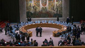 Merkel und Macron appellieren an Putin: UN-Sicherheitsrat ringt weiter um Syrien-Resolution