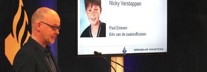 Nicky war im August 1998 bei einer Ferienfreizeit aus einem Zeltlager im Grenzgebiet Brunssummerheide nordwestlich von Aachen spurlos verschwunden.