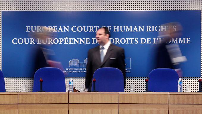 Der Europäische Gerichtshof für Menschenrechte prüft, ob die Mitgliedsstaaten die Menschenrechtskonvention einhalten.