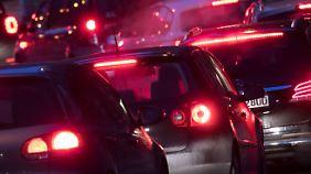 Urteil zu Diesel-Fahrverbot: Was kommt auf die Städte und Verbraucher zu?