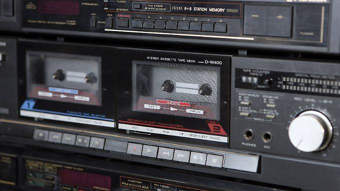 Alte Stereoanlagen können auch Musik vom Smartphone streamen, wenn man sie mit Funkmodulen nachrüstet.