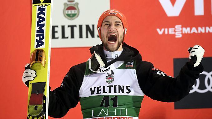 Nach Platz eins im Team und nun Rang zwei hat Markus Eisenbichler allen Grund zur Freude.