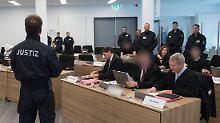 """Terrorprozess in Dresden: Lange Haftstrafen für rechte """"Gruppe Freital"""""""