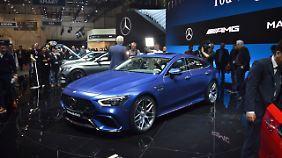 Keine Studie sondern Realität ist der Familien-Renner von Mercedes-AMG, das GT Viertürer Coupé.