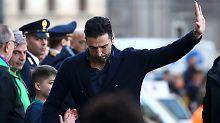 Abschied von Davide Astori: Gianluigi Buffon.