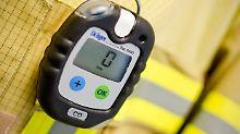 Mit solch einem Gerät können Rettungskräfte die Kohlenmonoxid-Konzentration in einem Haus messen.