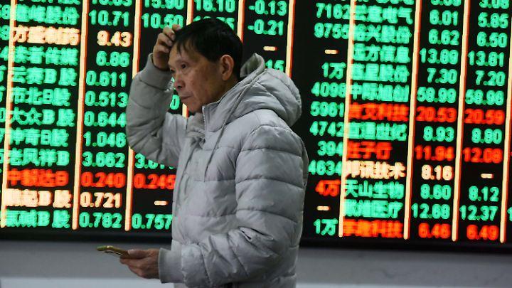 Die Weltwirtschaft bleibt trotz der jüngsten Rücksetzer an den Börsen auf Wachstumskurs.