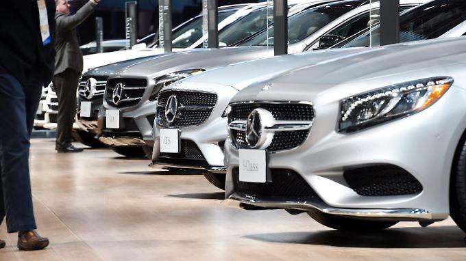 Briefe und Besuche im Handelsstreit: Trump droht Mercedes und BMW mit Strafzöllen