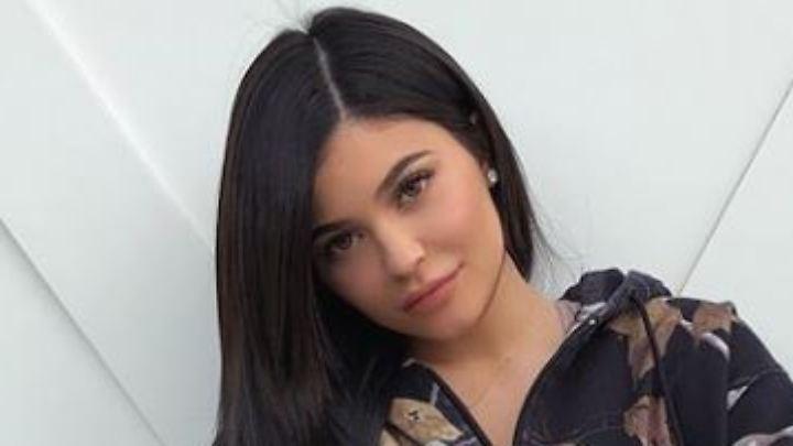 Kylie Jenner ist seit rund einem Monat Mutter und seit wenigen Stunden Besitzerin eines neuen Ferrari.