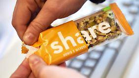 """Verkauf von sozialer Marke startet: """"Share""""-Produkte sollen Menschen in Not helfen"""