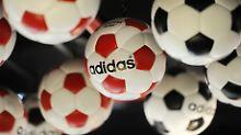 Duo Fixkupon Express Zertifikat: 3,8% mit Adidas und Dt. Post