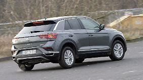 Das Kofferraumvolumen hinter der Klappe des T-Roc mit Allradantrieb, misst mit 392 Litern 50 Liter weniger als im frontgetriebenen VW.