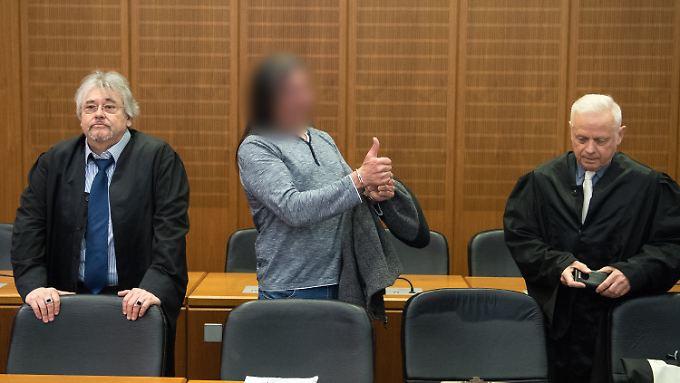 Zehn Jahre Gefängnis? Der verurteilte 57-Jährige nimmt`s gelassen.