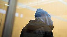 """Als """"Kämpfer"""" registriert: Gericht schickt IS-Anhänger in Jugendhaft"""