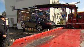 Geld, Schmuck und Luxusautos konfisziert: Trickbetrüger-Familie in Leverkusen hochgenommen
