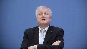 Zentralrat der Muslime bleibt gelassen: Seehofer verteidigt umstrittene Islam-Äußerungen