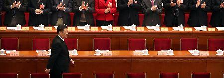 Einstimmig in nächste Legislatur: Volkskongress bestätigt Xi im Amt
