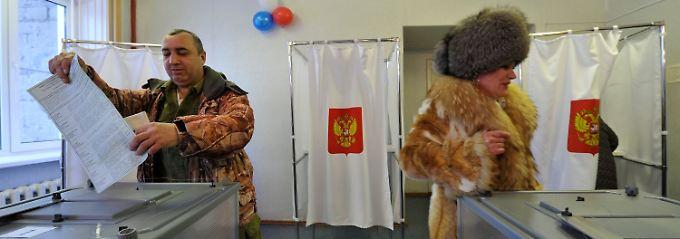 Erste Wahllokale geöffnet: Russland startet in die Präsidentschaftswahl