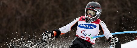 Paralympics enden golden: Anna-Lena Forster siegt im Slalom