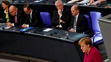 Merkel sagte, Deutschland werde auf weiter Schutzsuchende aufnehmen.