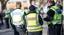 Fast 1000 Beamte im Einsatz: Bundesweite Razzien gegen Scheinehen