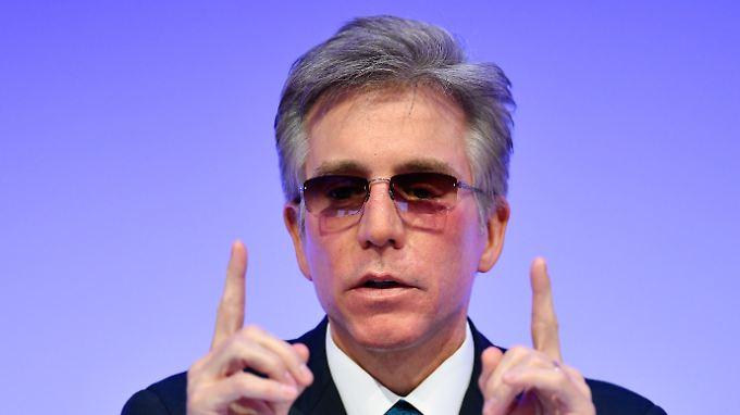 Er ist wieder einmal der Boss der Bosse, was das Gehalt angeht: SAP-Chef Bill McDermott.