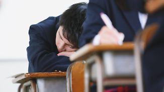 Bessere Noten, weniger Fehlzeiten: Briten testen späteren Unterrichtsbeginn