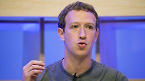 Hat Facebook auch Anrufdaten gesammelt?: Zuckerbergs Entschuldigung ist Politik zu wenig