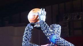 Kaum zu glauben, aber wahr: Roboter schlägt Basketball-Profis im Wurfduell