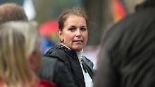 Geldstrafe nicht gezahlt: Ex-Frontfrau von Pegida soll in Haft