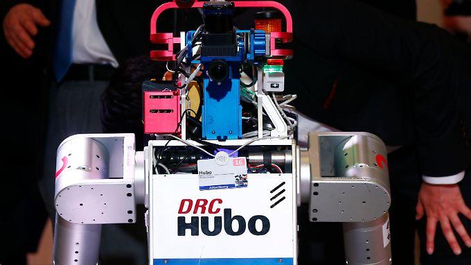 Dieser Roboter von Kaist wurde im Januar 2016 beim Weltwirtschaftsforum in Davos vorgestellt und trug keine Waffen.