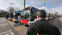 Drohende Fahrverbote bereiten auch den kommunalen Unternehmen Sorgen.