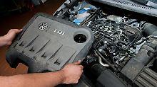 Streit über Diesel-Nachrüstungen: SPD-Fraktion greift Merkel an
