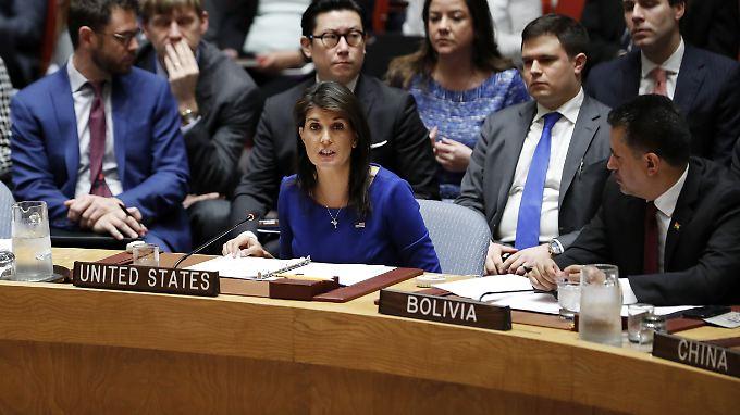 Haley hatte angekündigt, das US-Finanzministerium werde noch am Montag neue Sanktionen gegen Russland verkünden.