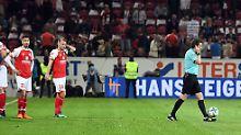 Der Sport-Tag: SC Freiburg akzeptiert Halbzeit-Videobeweis zähneknirschend