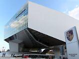Abgasmanipulation verschwiegen?: Ein Porsche-Vorstand gerät unter Verdacht