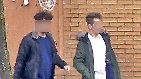 Polizei fahndet nach brutalen Angreifern: Räuber-Duo überfällt 17-Jährige in Essener U-Bahn