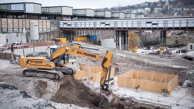 Der neue Bahnhof soll nun 2025 eröffnet werden.