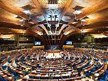 Die Parlamentarische Versammlung des Europarats tagt in Straßburg.