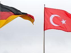 Deutsch-türkische Beziehungen: Maas spricht mit Cavusoglu