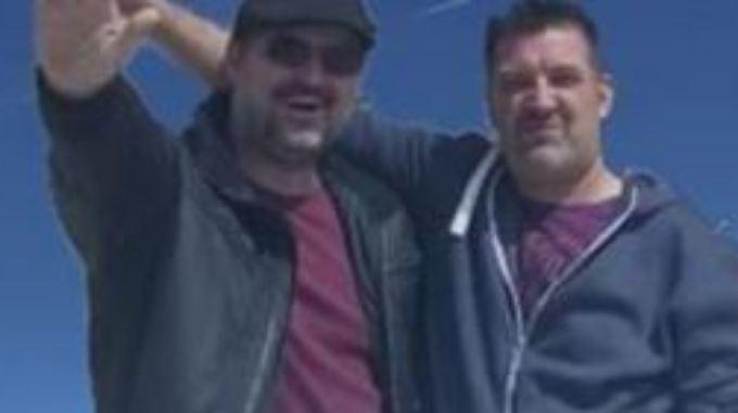 Markus Schirling (rechts) soll das Foto im August 2014 gepostet haben.