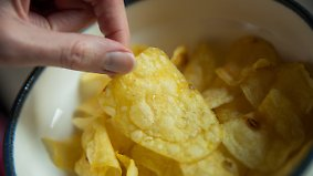 Uralte Naschformel: Darum kann man Chips einfach nicht widerstehen